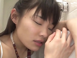Asian,Brunette,Fetish,HD,Japanese,JAV Censored,Public,Straight,Teens,Toys,Hatsume Rina,Momoi Rin Jav (MUM - 123)