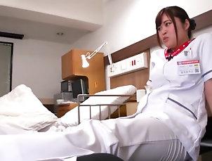 Asian,Brunette,Femdom,Fetish,Foot Fetish,HD,Japanese,Straight Japanese Foot Worship & Sniffing