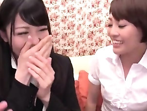 Amateur,Asian,Fingering,Japanese,Lesbian,Nylon Nylon pantyhose and cunt fingering
