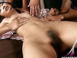 Asian;Group Sex,asian,blowjob,brunette,close- up,deepthroating,group,group sex,handjob,japan,jav,kising,naked,natural tits,nude,sex toys,t- bagging,throatfuck,toy- insertion,trimmed pussy,uncensored,vibrator Slim model Yuzu Shiina likes group...