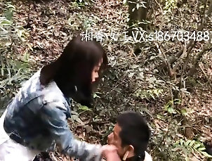 Foot Fetish,Straight chinese beautiful mistress outdoor...