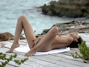 Asian,Masturbation,Outdoor,Teen japanese angel teasing by the ocean