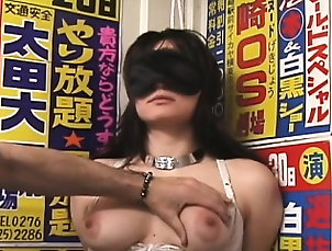 Asian,BDSM,Japanese,Nipples Blindfolded youngster gets spanked...