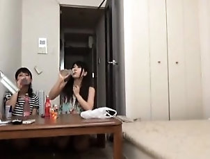 Amateur,Asian,Blowjob,Hairy,Teen,Threesome Amateur Asian teen in threesome