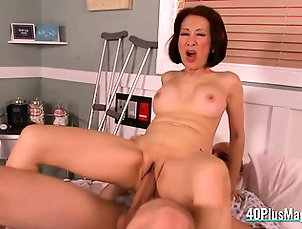 Asian,Blowjob,Hardcore,Hd,Mature Mature asian nurse banged in a hospital