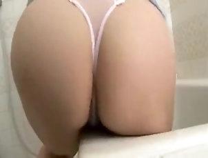 Big Tits,MILF,Japanese,Straight Maman japonaise pulpeuse baise avec...